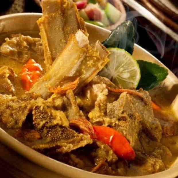 Makanan terkenal di solo sayang dilewatkan - Tengkleng Solo